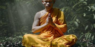 Thiền chánh niệm là gì? Thiền chánh niệm có lợi ích như thế nào đối với con người?