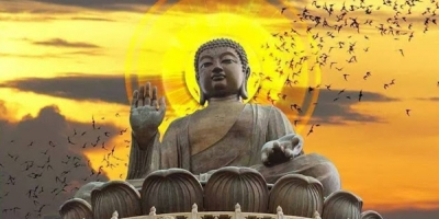Phật dạy: Việc chúng ta làm trời xanh đều thấu tỏ, nhân quả báo ứng không chừa một ai