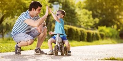 Dạy con trai không hề khó nếu cha mẹ biết 5 bí quyết vàng tạo nên đứa con tài đức song toàn