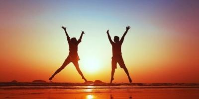 Hạnh phúc là gì? Hạnh phúc có thực sự là đích đến của cuộc đời này?