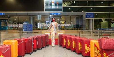 Khám phá trọn bộ trang phục và phụ kiện được Hoa hậu Khánh Vân mang sang Mỹ để chuẩn bị cho Miss Universe 2020