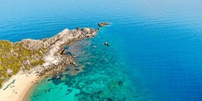 Ngắm vẻ đẹp hoàn mỹ của đảo Hòn Nưa - thiên đường ngủ quên ở Phú Yên