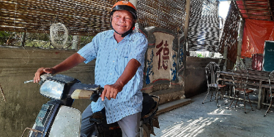 Người đàn ông dành 30 năm cuộc đời cho hành trình 'xóa mù chữ' ở vùng đầm phá
