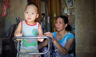 Nỗi khổ kêu trời không thấu của gia đình nghèo bị bệnh tật đeo bám
